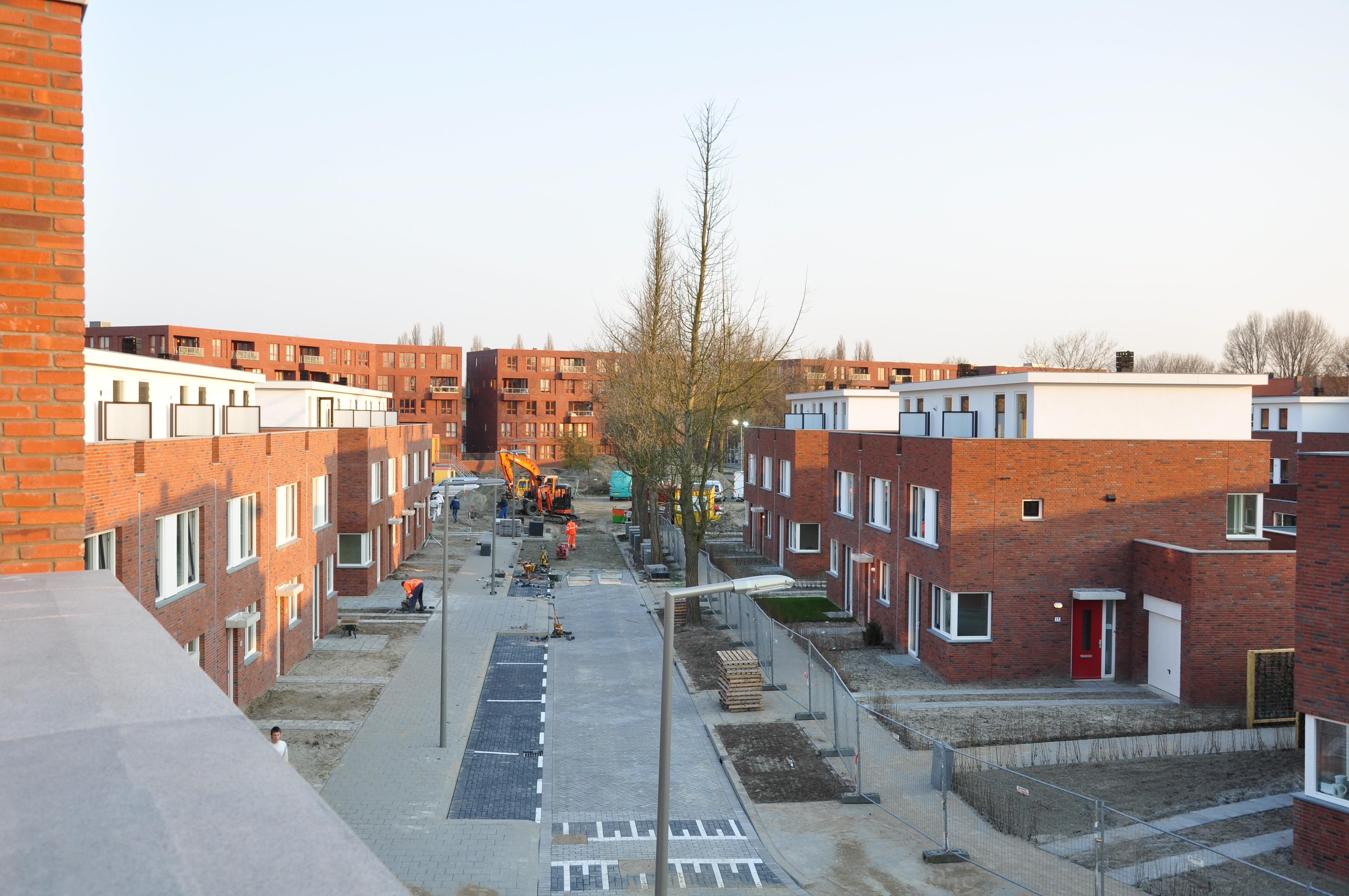 BKT_HOYT_Rotterdam_schiebroek_nieuwbouw_herenhuizen_herstructurering_toezicht_directievoering_woonmodule_04.jpg