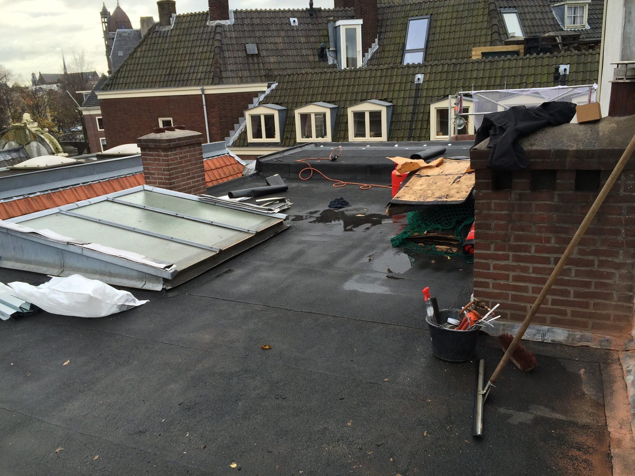 BKT_dak_amsterdam_zink_bitumen_onderhoud_nieuwe_leliestraat_05.jpg