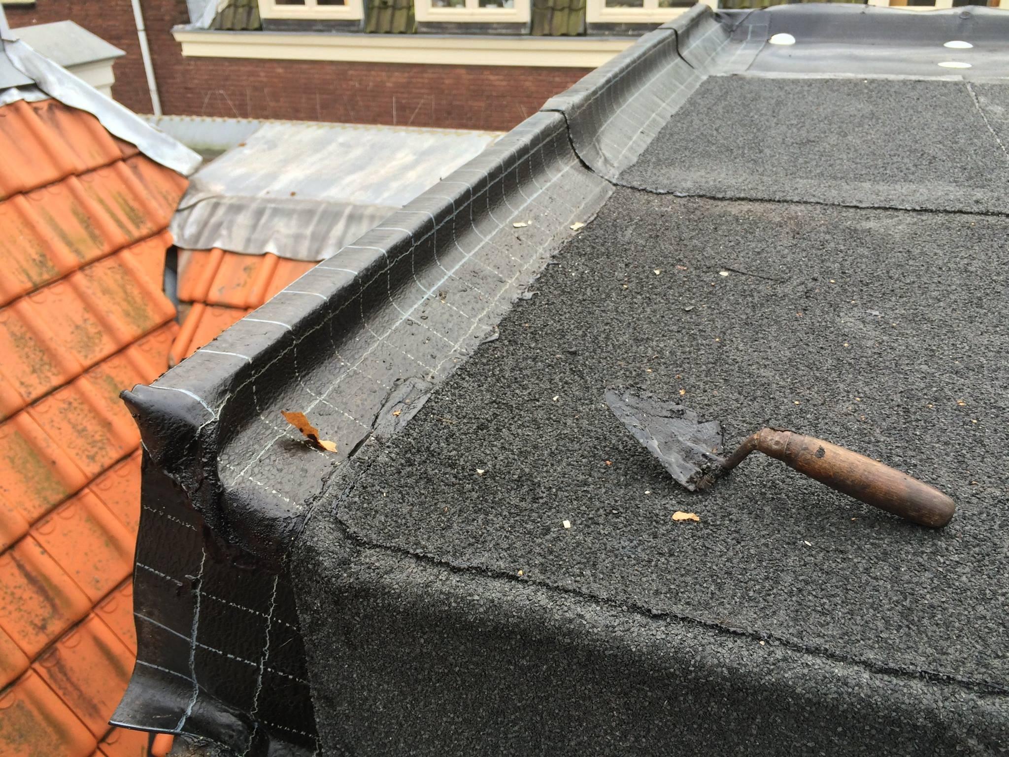 BKT_dak_amsterdam_zink_bitumen_onderhoud_nieuwe_leliestraat_06.jpg