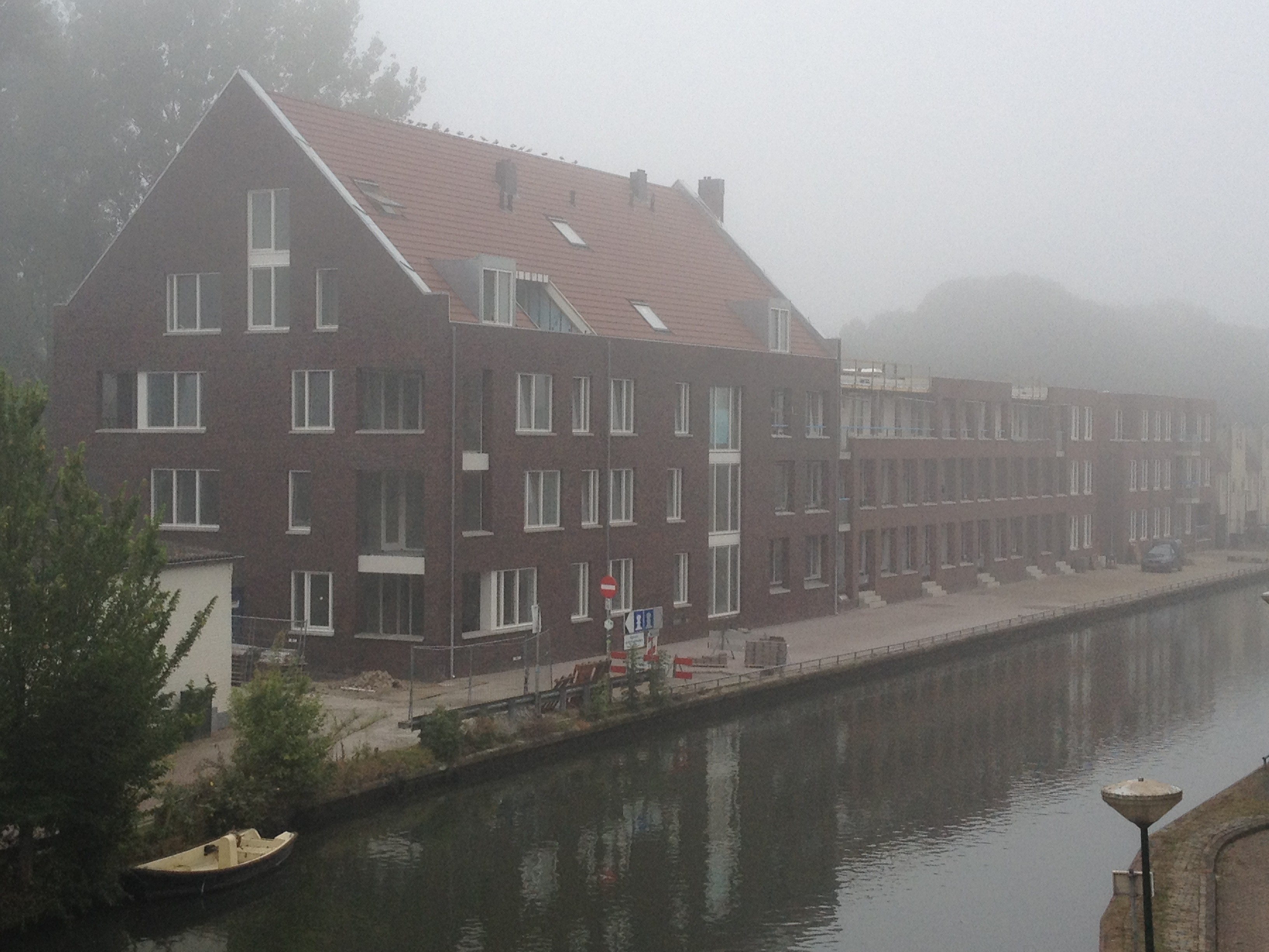 BKT_provides_devriesenverburg_IJsselstein_appartementen_Panoven_parkeerkelder_schuindak_metslwerk_zink_bouwbord_Cubord_Esbi_02.jpg
